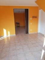 Annuncio affitto Osimo locale autonomo per attività professionali