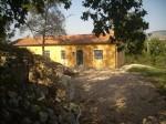 Annuncio vendita San Sossio Baronia casa immersa nel verde