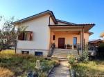Annuncio vendita Rieti villa unifamiliare con giardino